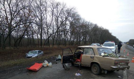 В ДТП под Харьковом один человек погиб, двое были травмированы