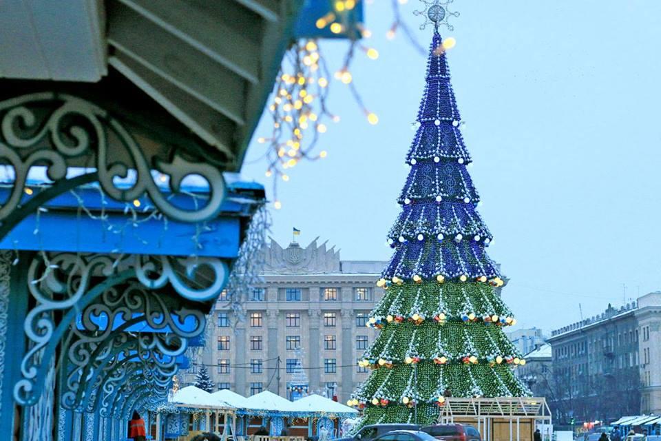 Новогодняя елка Харькова признана самой высокой елкой в Украине