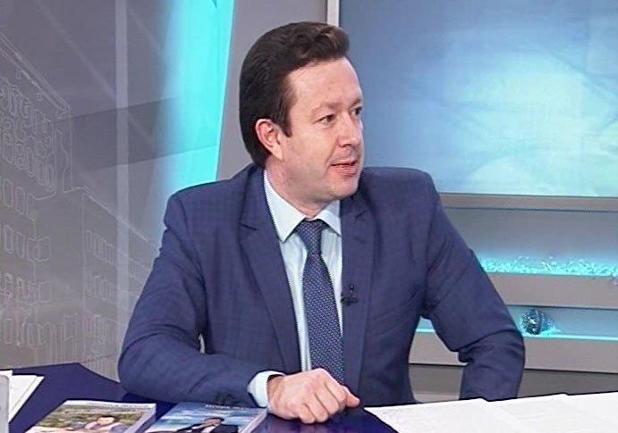 Игорь Жуков – писатель, поет, телеведущий, журналист, создатель интернет-телеканала «Харьков -ТВ»