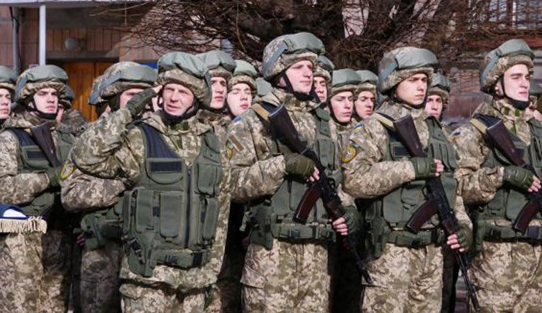 Пенсии военных должны вырасти не менее, чем на 77 процентов — министр