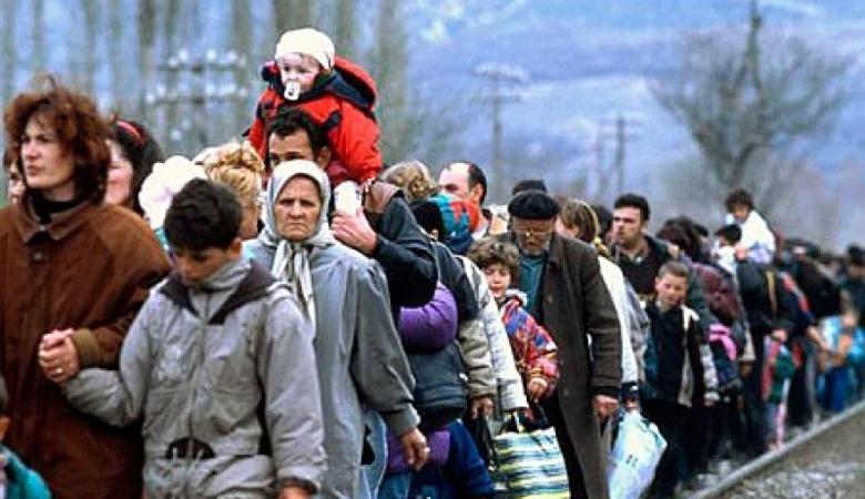 Кабмин поднял размер ежемесячной адресной помощи эмигрантам
