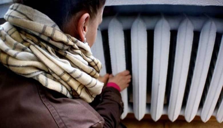Авария на тепломагистрали в Харькове: без тепла остаются жилые дома, школы и больницы