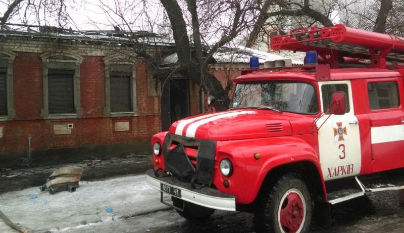 На Новой Баварии сгорел жилой дом