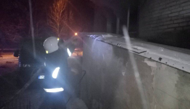В результате пожара в Валках погибли два человека, еще трое госпитализированы с отравлением угарным газом