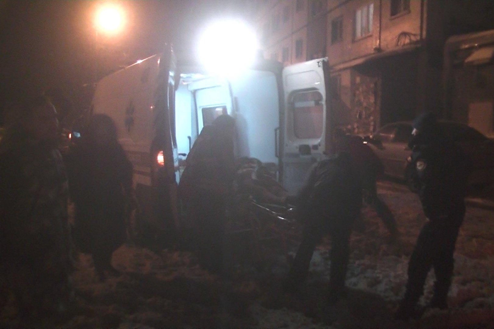 Пожар в многоэтажке: Спасено 18 жителей, еще 48 — вывели на свежий воздух (ФОТО, ВИДЕО)
