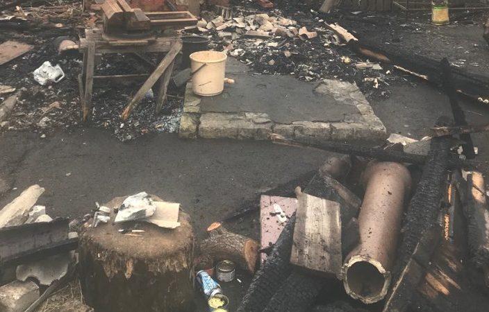 Неосторожное курение стоило частному домовладельцу его имущества