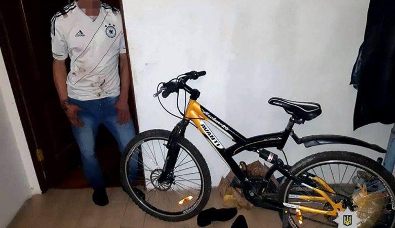 В Харьковской области 19-летний мужчина обокрал соседку