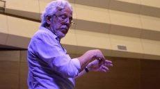 Почему люди становятся дирижерами и популяризируют симфоническую музыку — в интервью Эндера Сакпинара
