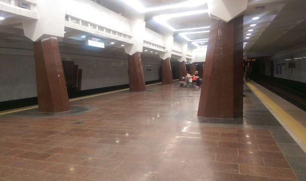 В харьковском метро – задержка движения поездов