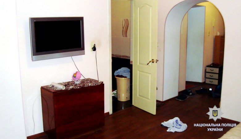 18-летний харьковчанин обокрал квартиру товарища, за которой присматривал