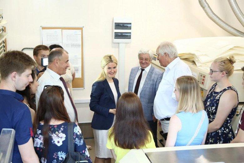 Более 30 сотрудников ХНУРЭ пришли на личный прием к Юлии Светличной
