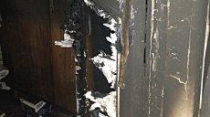 81-летний пенсионер задохнулся в своем доме от загоревшейся двери