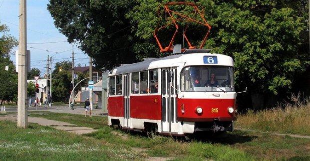Три номера трамваев в вечернее время меняют свои маршруты