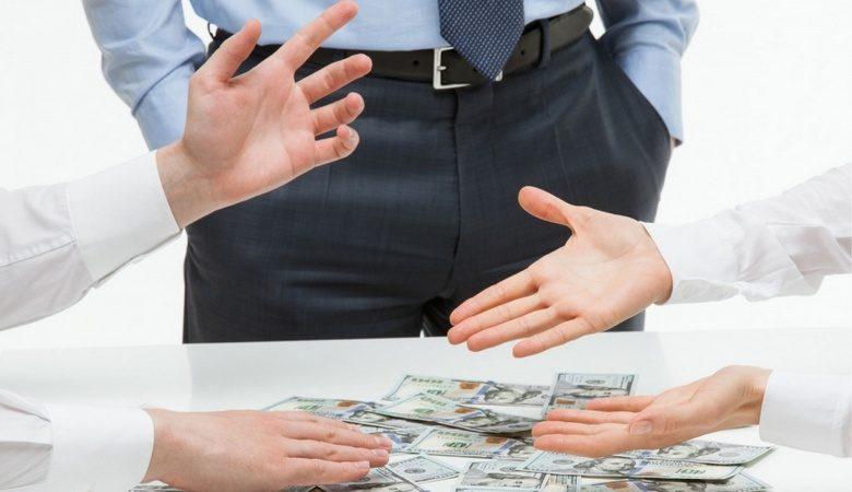 В Украине появится финансовый омбудсмен, призванный решать споры между потребителями и финансовыми учреждениями без обращения в суд (видео)