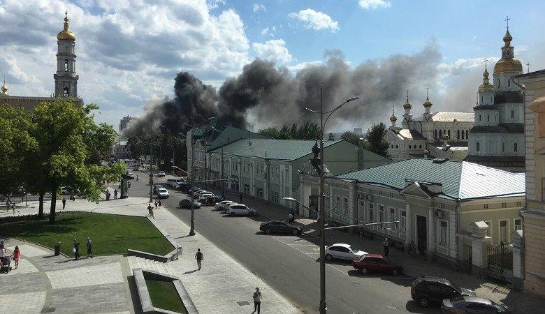 Видео пожара в Инженерно-педагогической академии с высоты