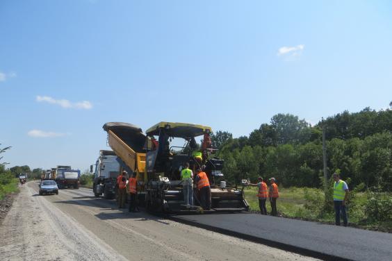 Ремонтные работы на дорогах государственного значения Харьковщины вышли на завершающие этапы