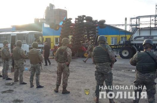 Задержаны 25 участников конфликта на элеваторе на Харьковщине