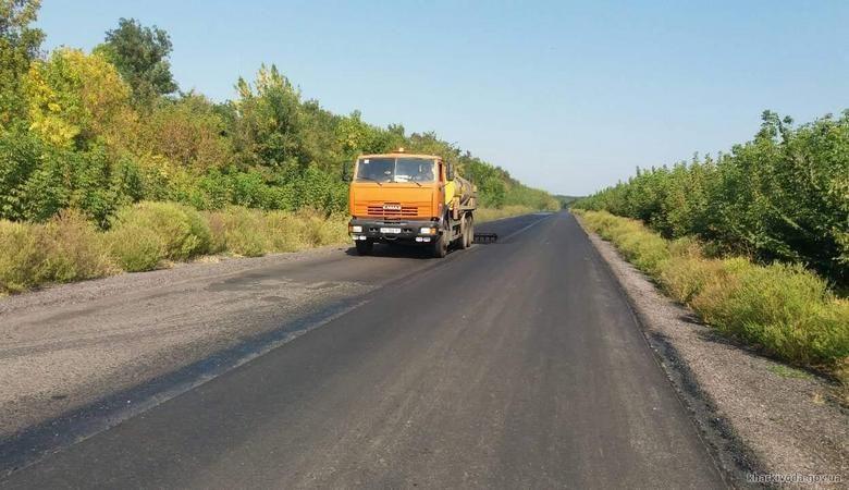На Харьковщине работы на дорогах государственного значения подходят к завершающему этапу