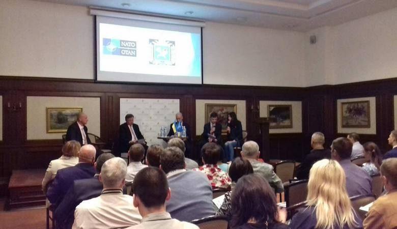 В Харьков приехали представители Кабмина по вопросам евроатлантической интеграции (видео)