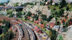 Самая большая в мире игрушечная железная дорога