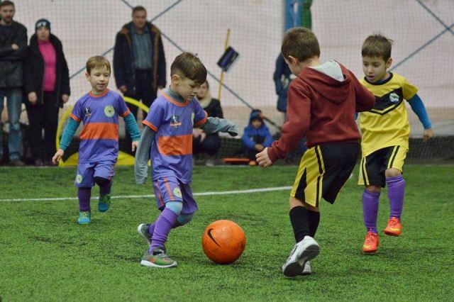 На Харьковщине утвержден перечень футбольных полей с искусственным покрытием, которые построят за бюджетные средства