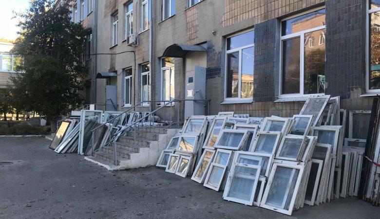 На Харьковщине продолжают ремонтировать медучреждения (фото)