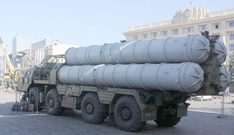 В Харьков привезли военную технику (фото)