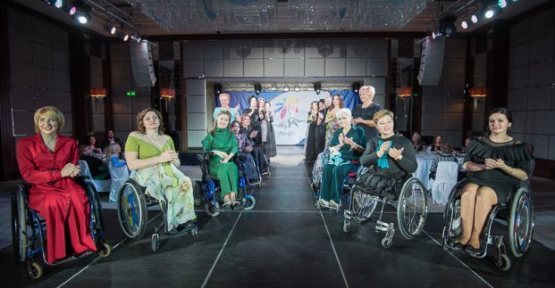 Шесть харьковчан с инвалидностью и творческий коллектив стали лауреатами премии «Преодоление»