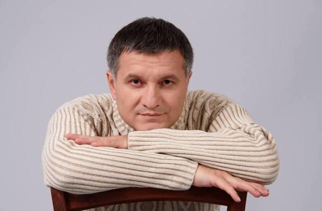 Полиция закончила либеральничать с «евробляхерами», — Аваков