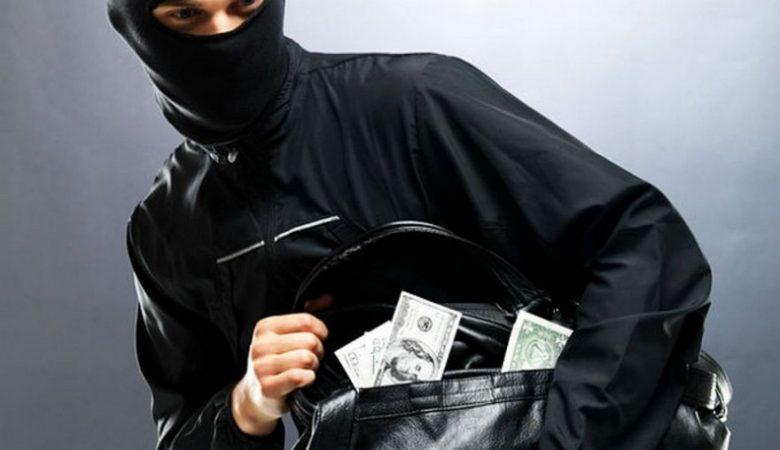 В Харькове задержали уличного грабителя