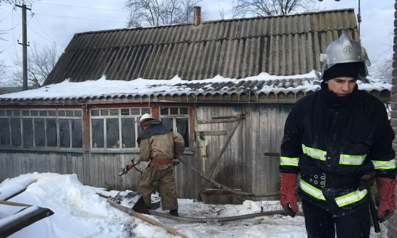 На Харьковщине на пожаре пострадали владельцы частного дома