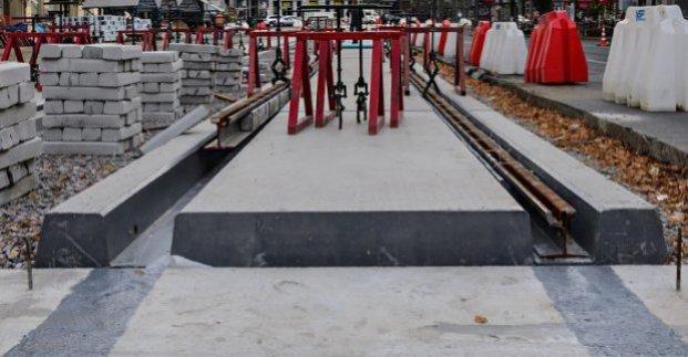 На Салтовке завершили реконструкцию трамвайных переездов