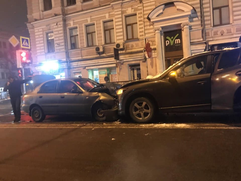 На Сумской столкнулись автомобили (фото)
