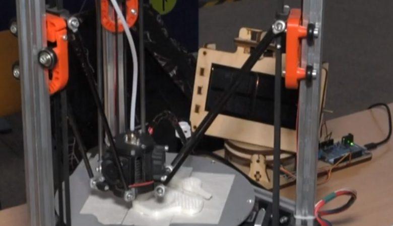 У Харкові презентували новітній 3D-прінтер (відео)