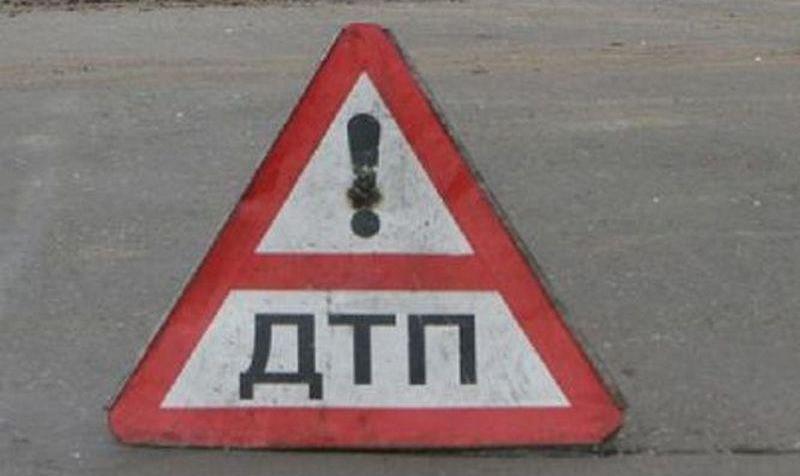 На Московском проспекте Daewoo Lanos вылетел в кювет