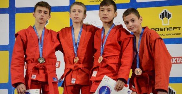 Харьковские самбисты стали призерами чемпионата мира среди кадетов