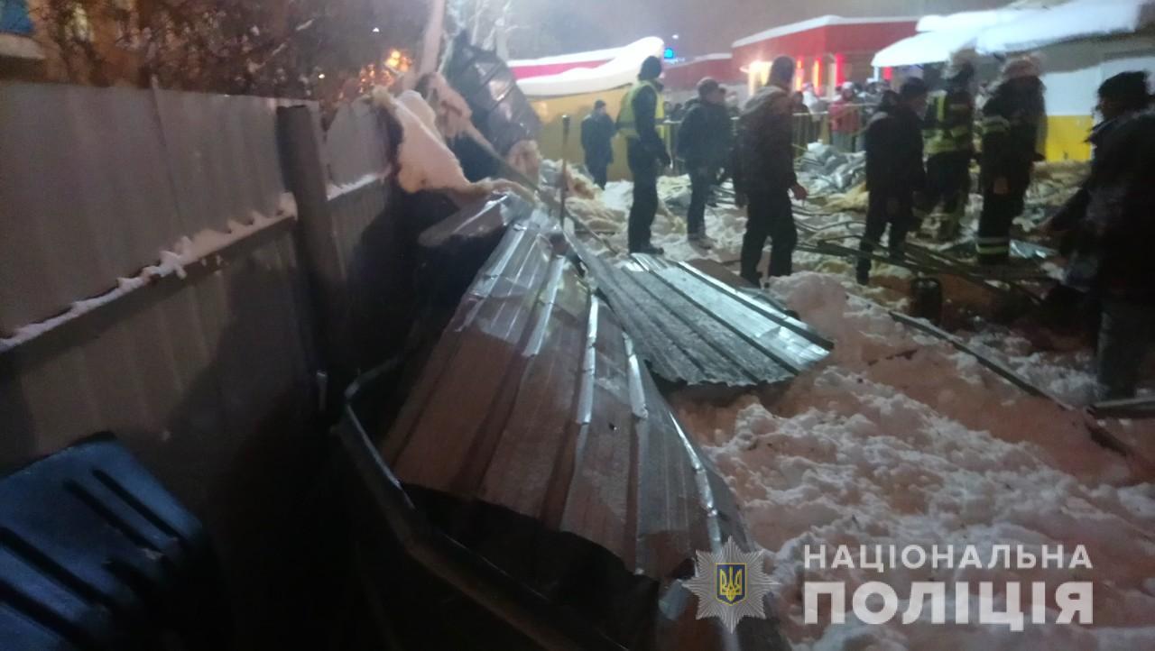 Прокуратура проверит законность выдачи чиновниками разрешений на строительство рухнувшего в Харькове павильона