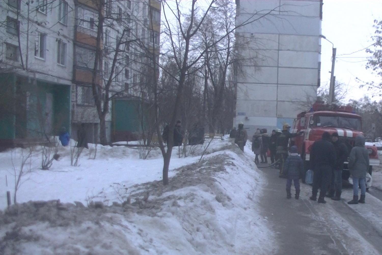 В Харькове горела многоэтажка: погиб мужчина (фото, видео)