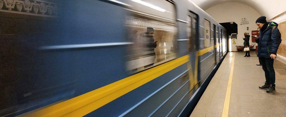 В Харькове суд вернул старые цены на проезд в метро, трамваях и троллейбусах