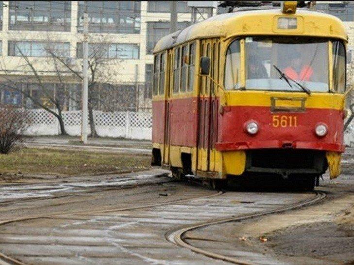 В Харькове трамвай наехал на пенсионера