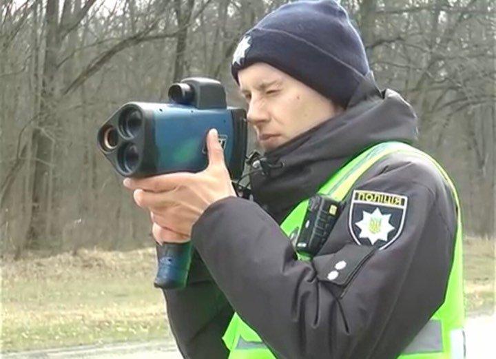 Майже 2000 постанов: дія нових радарів TruCAM на Харківщині (відео)