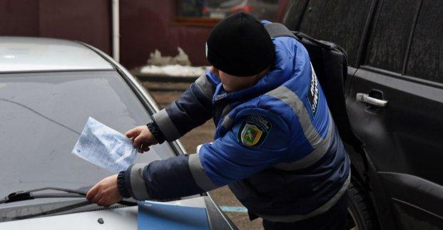 За месяц в Харькове инспекция по паркованию вынесла более 400 штрафов