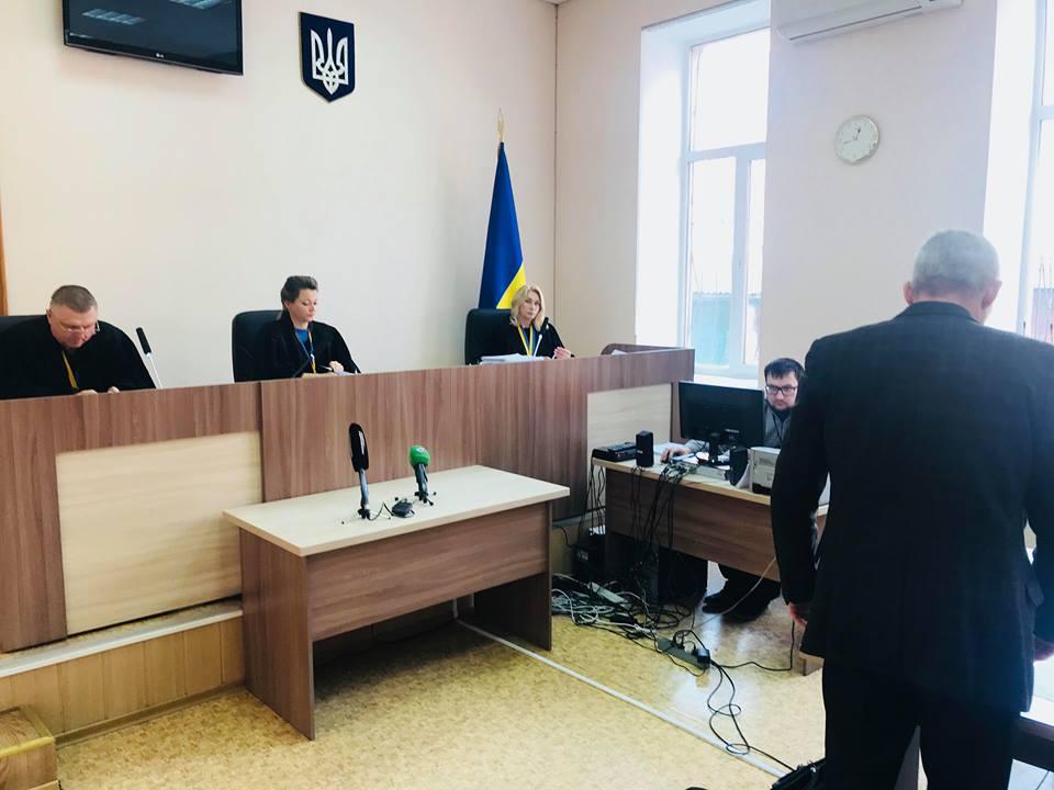 Убийство военного под Чугуевым. Суд отказался выпустить из СИЗО самого младшего подозреваемого