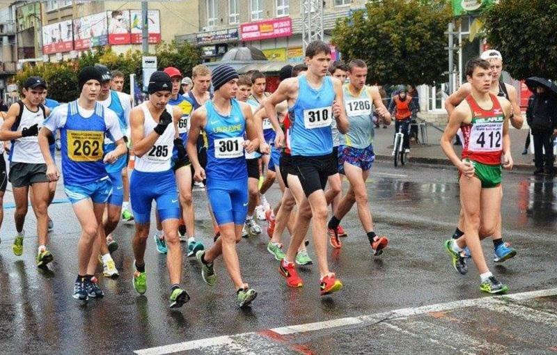 Харьковчане стали призерами чемпионата по ходьбе