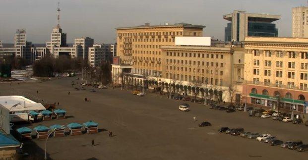 На площади Свободы еще на 10 дней ограничено движение транспорта