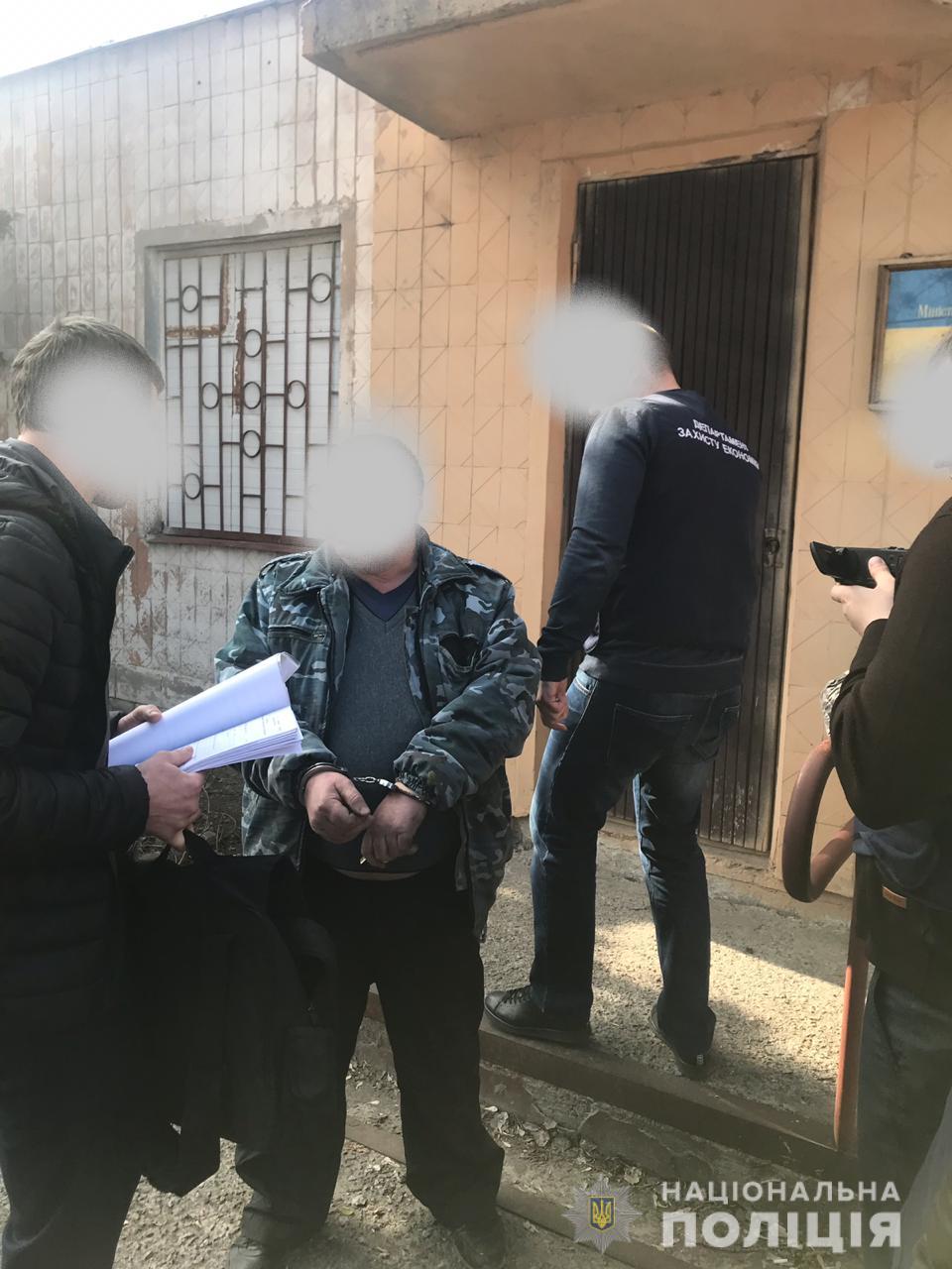 В Харькове чиновник Минобороны попался на взятке (фото)