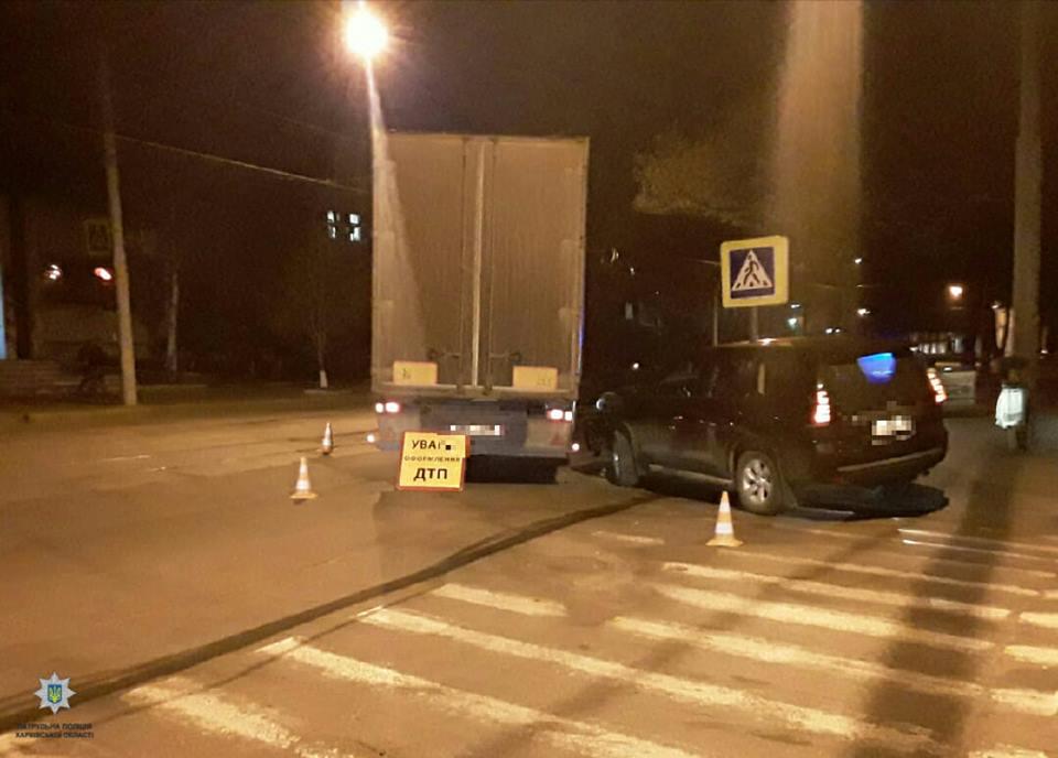На Котляра грузовик столкнулся с Toyota (фото)
