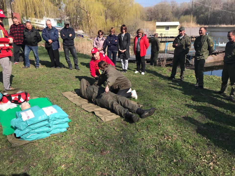 На Харківщині рибінспекторів вчили надавати першу медичну допомогу (відео)