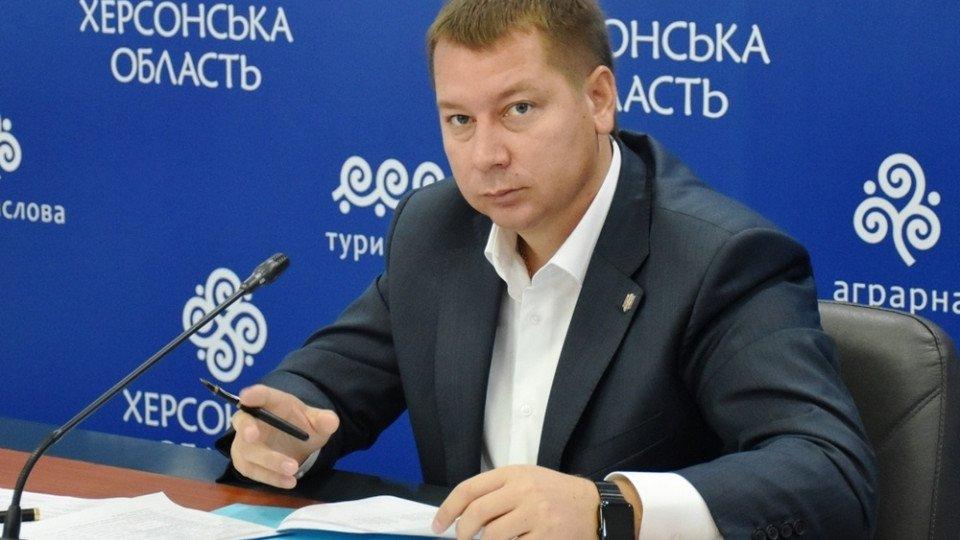 Порошенко пообещал уволить главу Херсонской ОГА в течение недели