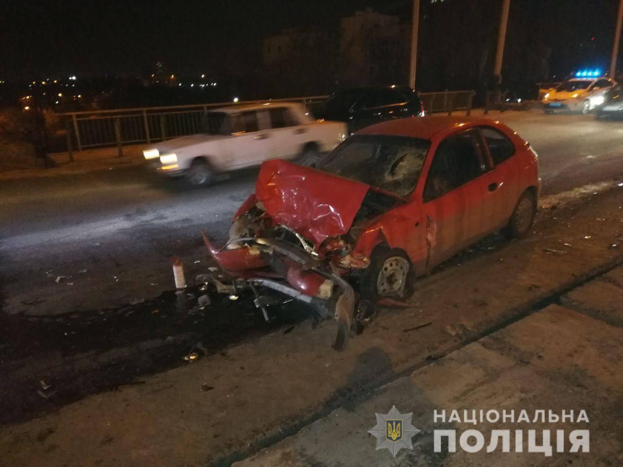 ДТП в Харькове: водитель погиб на месте (фото)